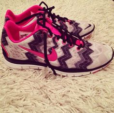 Authentic Nike Shoes For Sale, Buy Womens Nike Running Shoes 2014 Big Discount Off Nike Shoes For Sale, Nike Shoes Cheap, Nike Free Shoes, Running Shoes Nike, Cheap Nike, Nike Free Runners, Sock Shoes, Shoe Boots, Nike Jogging