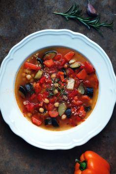 Zupa a'la Minestrone z pieczoną papryką i ciecierzycą   gotuj zdrowo!