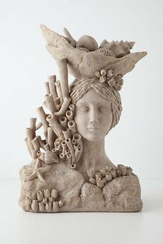 Masthead Centerpiece this store has some wonderful pieces. Some of the art work, napkins, dishes and knobs are wonderful. Sculpture Head, Sculptures Céramiques, Ceramic Sculptures, Ceramic Clay, Ceramic Pottery, Ceramic Sculpture Figurative, Shell Art, Art Plastique, Clay Art