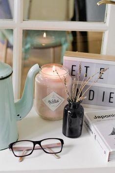 Image Bougie, Scrapbooking Diy, Bicycles, Tea Pots, Interior Decorating, Packaging, Birds, Candles, Decoration