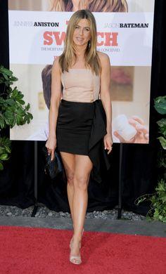 Jennifer Aniston... d dress