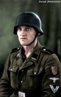 Ein Rottenführer der Waffen-SS mit Kubanschild.