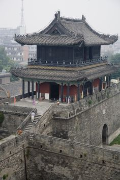 Ancient walled city of Jingzhou, Hubei Province. China