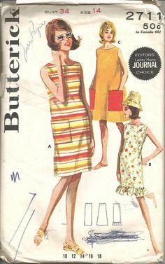 1960s Shift Dress Scoop Neck Oval Neck Sleeveless by kinseysue