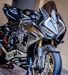You can send mail if you want to share Photos and Videos Moto Bike, Motorcycle Bike, Motorcycle Quotes, Kawasaki Bikes, Kawasaki Ninja, Motorcross Bike, Motogp Valentino Rossi, Honda Cbr 1000rr, Sportbikes