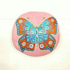 Guarda questo articolo nel mio negozio Etsy https://www.etsy.com/it/listing/531107843/mandala-stone-pittura-su-sasso-costa