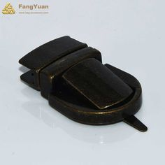 This handbag lockis made of brass material. It can ensure the safety of your handbags. You can pull the trigger to open it. It is also widely used in other bagsbecause of its rugged construction.  It is not heavy so it will not add a lot of extra weights to your handbags. Please be assured use. Detail