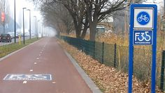 Netherland's AWESOME Cycling Infrastructure!