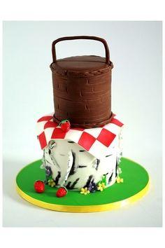 Garden picnic cake with tree bark bottom tier by Sweet Avenue Cakery