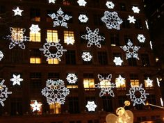 Christmas in New York via @teatotalist
