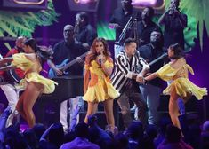 Ricky Martin, Tyga, Jonas Brothers, Daddy Yankee, Shakira, Stock Foto, Shawn Mendes, Concert, White Sand Beach