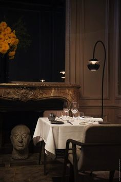 Cafe Restaurant, Restaurant Design, Luxe Decor, Interior Architecture, Interior Design, Parisian Apartment, Paris Restaurants, Wood Interiors, Dining Area