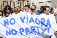 Perché gli italiani preferiscono Cialis? Dal quando venne introdotto nel 1998, il Viagra (sildenafil) è diventato uno dei marchi più riconosciuti al mondo, i...