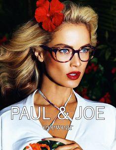 Paul & Joe Brillen -  Paul & Joe brillen zijn gestroomlijnd en modern. Hun urban-geïnspireerde klassieke frames zullen iedereen, ongeacht hun leeftijd. Paul & Joe Eyewear bij Optiek Aerden. http://www.optiek-aerden.be/