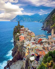 Vernazza, Cinque Terre - Italy  #SennaRelax