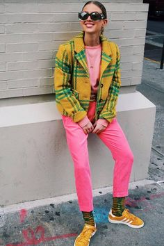 The Master of Bright Colors: Emili Sindlev We're turning to Copenhagen stylist Emili Sindlev for how to wear bright color outfits like a street style star. Outfits Casual, Mode Outfits, Fashion Outfits, Fashion Trends, Funky Outfits, Colourful Outfits, Colorful Fashion, Yellow Outfits, Mode Style