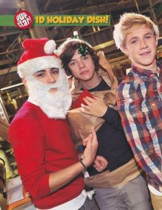 Pin for Later: Happy Holidays! Love, Your Favorite Teen Heartthrobs While One Direction's Harry Styles Put a Bow on His Head