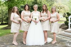 Bridesmaids at Knoxville wedding venue Dara's Garden. Click to see more photos by Shane Hawkins Photography