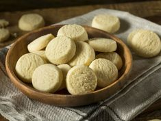 How To Make Classic Shortbread Cookies - Oola.com Shortbread Recipes, Cookie Recipes, Walkers Shortbread Cookies, Italian Ricotta Cookies, Button Cookies, Biscuit Recipe, Holiday Baking, Four, Chocolate Chip Cookies
