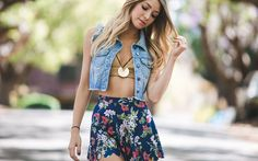 Black Milk Clothing pricey but awesome leggings Best Leggings, Awesome Leggings, Black Milk Clothing, Pretty Woman, Boho Shorts, Floral, Sequin Skirt, Cool Outfits, Crop Tops