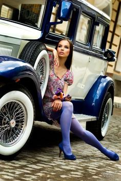 25 photos of hot girls with classic cars 1970 dodge challenger cars cool cars and hot girls. Black Bedroom Furniture Sets. Home Design Ideas