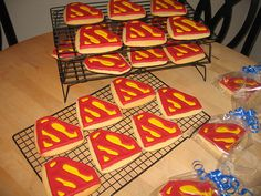 Ideas party themes for men ray bans Superman Party Favors, Superman Birthday Party, 6th Birthday Parties, Superhero Party, Boy Birthday, Birthday Ideas, Birthday Cake, Party Cooler, Adoption Party