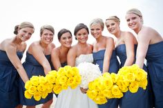 Navy Blue Wedding Color Palettes - the bridesmaid and Bride bouquet picture! Nautical Wedding, Blue Wedding, Dream Wedding, Wedding Day, Trendy Wedding, Wedding Story, Yellow Weddings, Chic Wedding, Summer Wedding