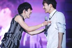 [PIC] HQ 140301 OGS Return day 2 - Sungkyu & Dongwoo (cr: picture perfect) pic.twitter.com/yeZtaRqV6g