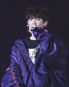 """15 lượt thích, 1 bình luận - chanyeol 찬열 (@chanyeolchanie) trên Instagram: """"I SUDDENLY HAVE THE URGE TO STUDY BC TODAY'S EXO'RDIUM IM SO HAPPY AND I THINK I WONT BE ABLE TO…"""""""