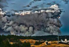 #KingFire @Pollock Pines -El Dorado Co -heavy plume of smoke, creating a wall...9.16.14 ~