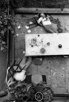 In the '70s mafia murders were on the rise. Famous New York Daily News photograph of the bodies of Carmine Galante and Leonardo Coppolla after a 1979 rubout in the backyard of a Brooklyn restaurant, by members of the Bonanno crime family.