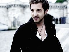 James Morrison is my favorite singer these days.  His voice is so smooth and soulful that he probably makes The Hokey Pokey sound sexy.