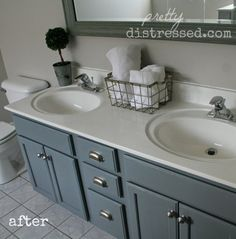 Pretty Distressed: Revisiting My DIY Bathroom Update
