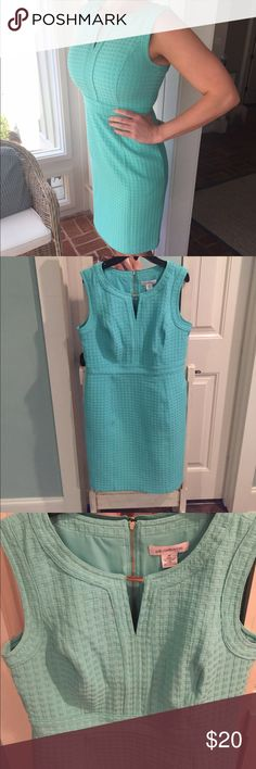Beautiful mint Liz Claiborne dress Mint colored Liz Claiborne dress . Size 10 . Worn once . New condition . Gold embellishment at the neck . I'm 5'8 and it hits just below knees. Super flattering. Would be perfect for a spring or summer . Liz Claiborne Dresses