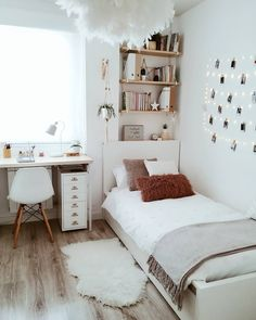 dream rooms for adults ; dream rooms for women ; dream rooms for couples ; dream rooms for adults bedrooms ; dream rooms for girls teenagers Small Room Bedroom, Room Ideas Bedroom, Bedroom Inspo, Cozy Small Bedrooms, Decorating Small Bedrooms, Cozy Teen Bedroom, Cheap Bedroom Ideas, Trendy Bedroom, Cosy Bedroom Decor