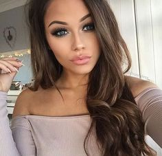 Shop the best selection of nude makeup, nail colors, neutral lip glosses and lipsticks, barely-there powders, blushes and eyeshadows that make you look like a natural beauty. Beauty Make-up, Beauty Hacks, Hair Beauty, Nude Makeup, Skin Makeup, Nude Lipstick, Fall Makeup, Summer Makeup, Tumbrl Girls