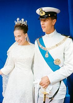 """Wedding portrait of HRH Prince Amedeo, Duke of Aosta, and HRH Princess Claude of Orléans 1964 WC "" Royal Crowns, Royal Jewels, Royal Brides, Royal Weddings, Gianni Agnelli, Princess Alexandra, African American Dolls, Kaiser, Celebrity Weddings"