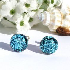 Hey, I found this really awesome Etsy listing at https://www.etsy.com/listing/223985008/small-dichroic-glass-stud-earrings-fused