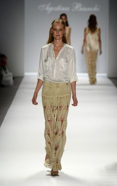 Agostina Bianchi: Spring Summer 2014. Saint Tropez Skirt. Braided waist tie, with beads. Filet crochet hearts at the top, then pineapple openwork. Lurex cotton thread used. http://cdn.tiendanube.com/stores/010/091/products/179759574-1024-1024.jpg http://cdn.tiendanube.com/stores/010/091/products/art%201608-1024-1024.jpg http://www.agostinabianchi.com.ar/wp/wp-content/uploads/1608-23.jpg http://cdn.tiendanube.com/stores/010/091/products/AgosBianchi-SS2014-Fotoproducto-14-1024-1024.jpg