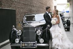 Timeless ,elegant & classic with a touch of glamour Wedding in Melbourne | Photo by Blumenthal Photography. | I take you - UK wedding blog #elegantwedding