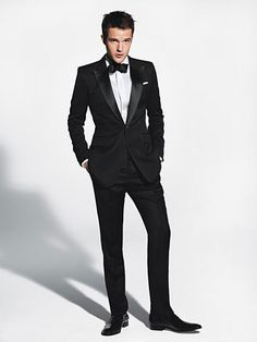 Perfectly fit tuxedo. I love this.