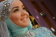 Indonesia muslim bride