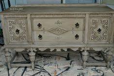 Annie Sloan Chalk Paint™  Decorative Paint  in Paris Grey w/Dark Wax <3