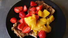 My sweet treat. Ultra French Toast #ForeverTreats  Made with Forever Lite Ultra Vanilla blended with egg, soya milk and a banana. Very nice topped with strawberries and Mango