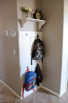 11 Backpack Storage Ideas When You Don't Have A Mudroom Awesome ideas for backpack storage using small spots in your home. No mudroom, no problem. Keep the backpacks from laying on your floor. Bookbag Storage, Wall Storage, Backpack Storage, School Bag Storage, Home, Coat Storage, Backpack Wall, Small Hallways, Storage