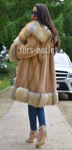 GOLD SAGA MINK FUR COAT FOX CLAS OF SABLE CHINCHILLA JACKET LONG SWINGER SILVER