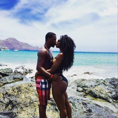 urlalala:  soulsociety101:  @shawnie_easton love travels. #CostaRica #soultravel    Follow here for more beautiful black love!