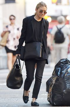Olsens Anonymous Blog Ashley Olsen Classic Black Look New York City The Row Cross Body Bag Loafers Aviator Sunglasses Crossbody Bag Cropped ...