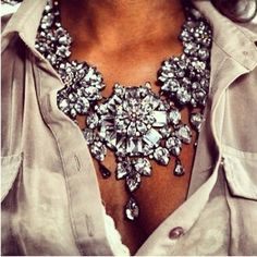 Stunning crystal statement necklace