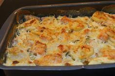 Holy macaroni!: Lakseform med potet og persillerot